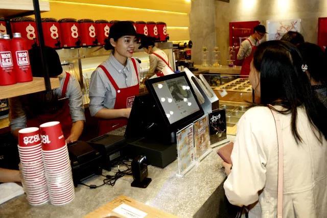 凉茶大王王老吉进军新式茶饮,餐道助其拓展布局新市场