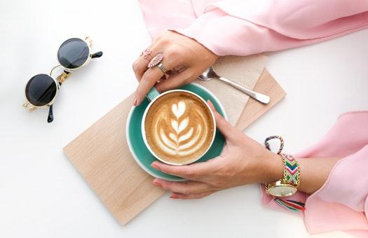 继喜茶GO小程序点餐系统 喜茶又开始卖起了咖啡